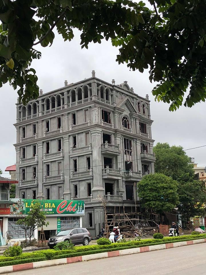 """Lâu đài """" Tân Cổ Điển """" gia đình Anh Hà - TP. Lạng Sơn - 44729224 918113508576262 2297970892505874432 n"""
